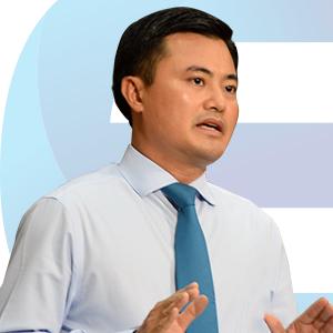 Diễn giả Bùi Xuân Cường
